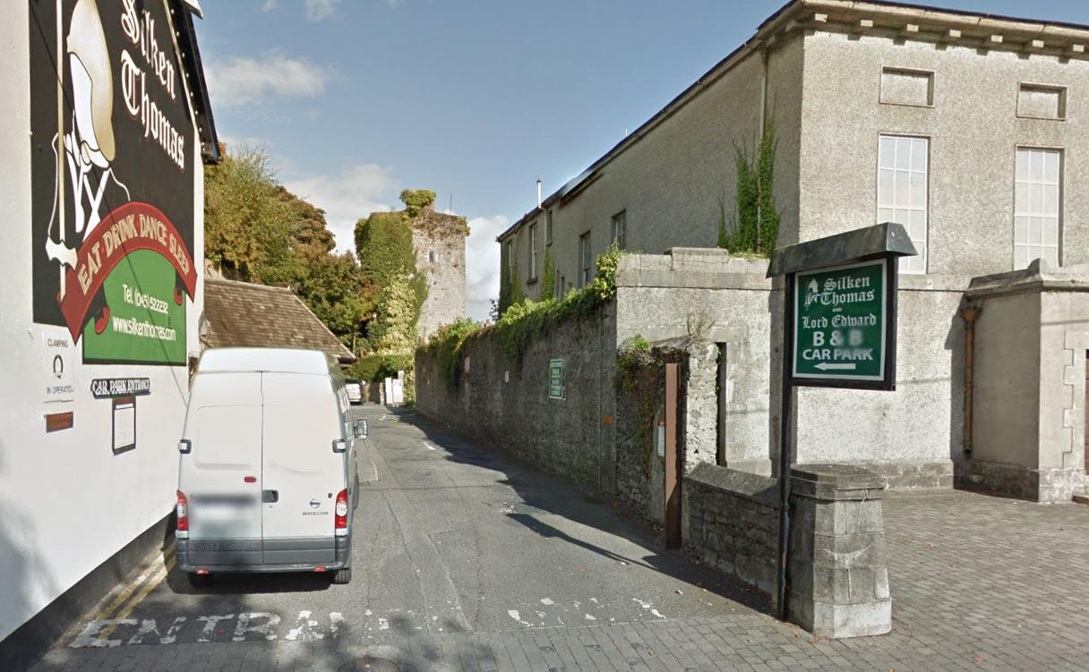 Kildare castle co kildare for Kildare castle