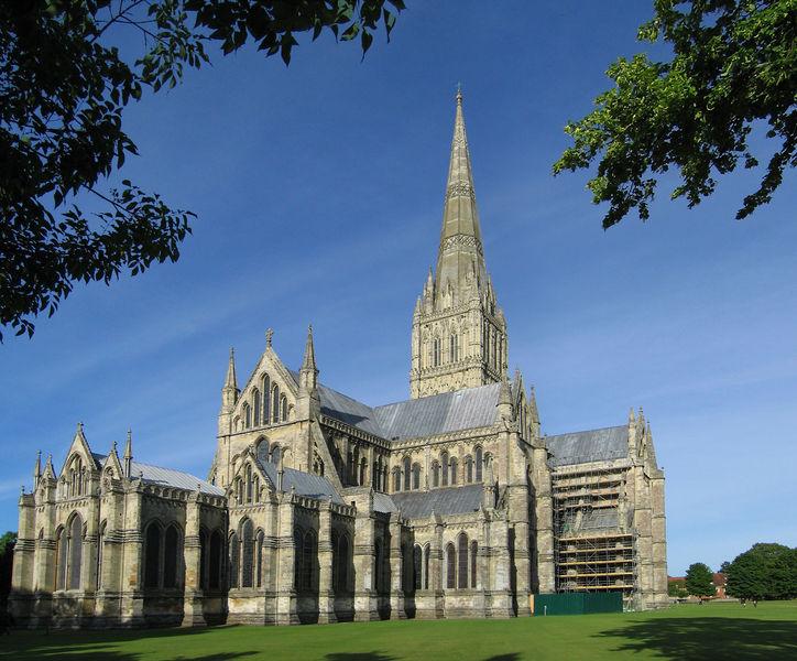 Gotika Salisbury