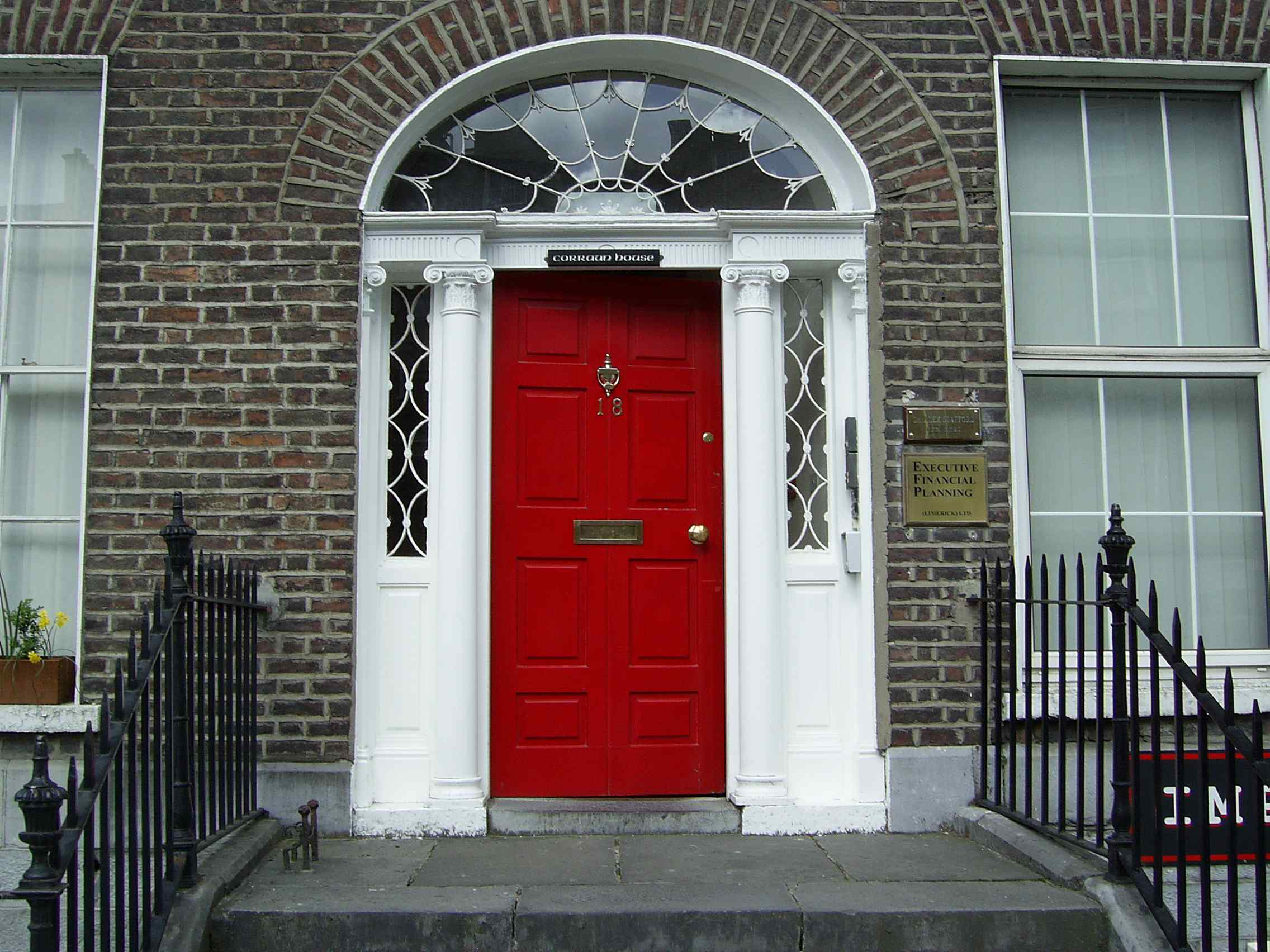 18 the crescent limerick for Front door frame designs